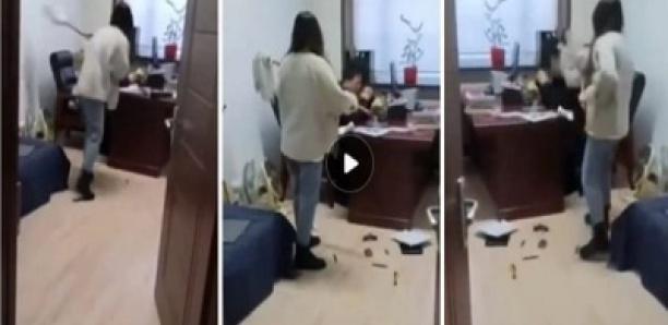 Elle bat son patron avec un balai pour lui avoir envoyé des messages à caractère sexuel