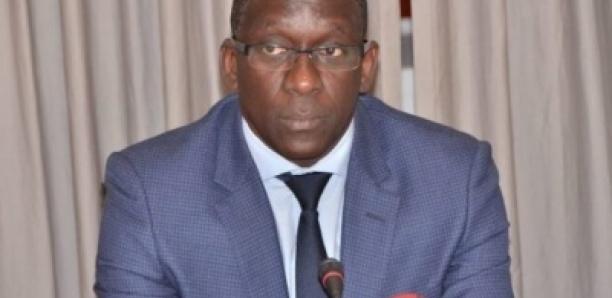 Lééral Ci Mafia Wu Faux Médicaments Biñu Jàpp Patte d'oie/Sénégal…Diouf Sarr doit démissionner