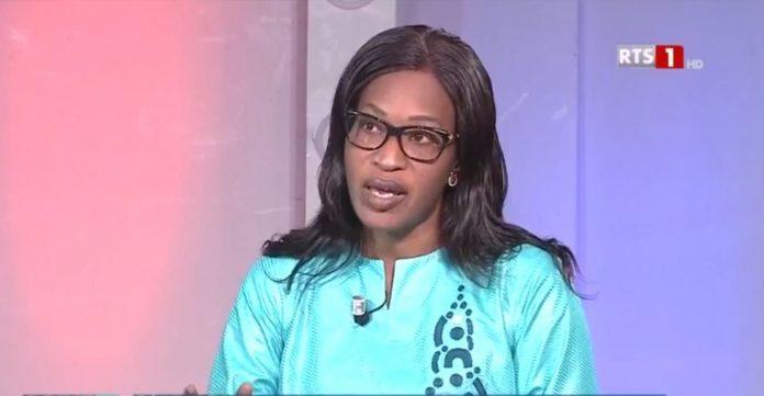 """Fichier, Parrainage: """"L'opposition mélange les torchons et les serviettes"""" (Zahra Iyane Thiam) Vidéo"""
