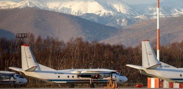 """""""Un miracle"""": les passagers d'un avion accidenté retrouvés vivants en Sibérie"""