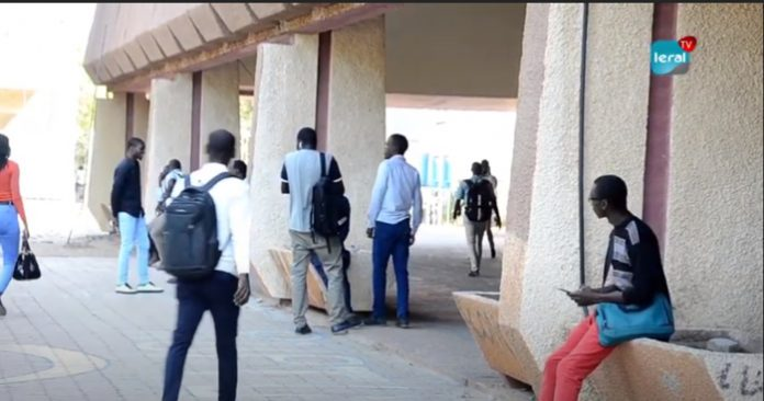 Annonce d'une session unique: Tension à la Faculté de droit